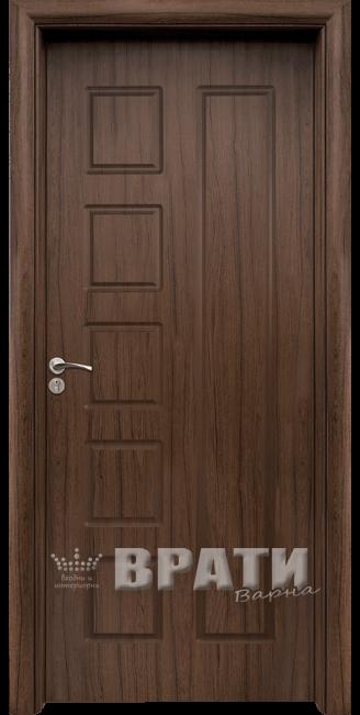 Интериорна HDF врата, модел 048-P Орех